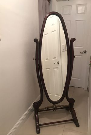 The Bombay Company Cheval Floor Mirror for Sale in Tamarac, FL