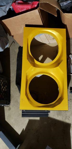 Car speaker container for Sale in Dulles, VA