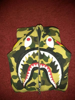 Bape yellow camo ponr shark hoodie for Sale in Brooklyn, NY