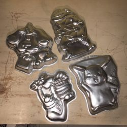 Wilton Retro Character Shaped Cake Pans Lot Pikachu Scoobydoo Blues Clues Michelangelo for Sale in Silver Spring,  MD