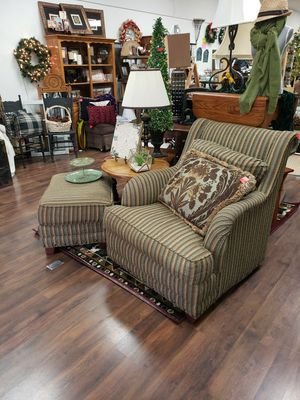 Easy chair and ottoman for Sale in Tulare, CA