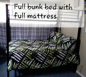 Full bunk bed with full mattress $ am moving I need to sale ASAP for Sale in Salina, KS