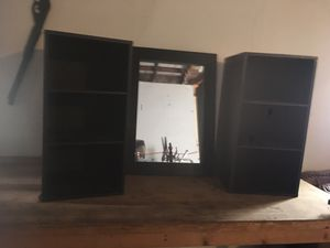 2 small shelves n mirror for Sale in Bakersfield, CA