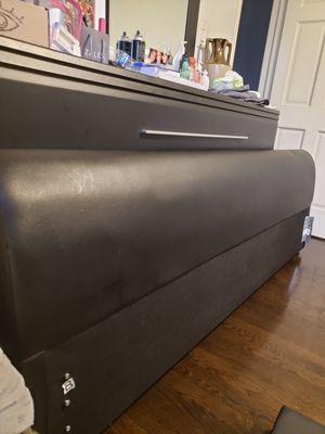 King Size Bedframe for Sale in Oak Lawn, IL