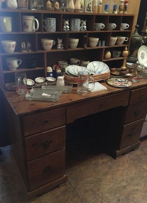 Wood desk with hutch top $75 for Sale in San Diego, CA