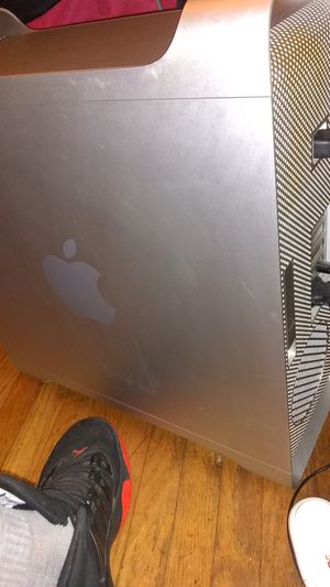 2.8 GHz Quad Core Intel Xeon for Sale in Louisville, KY