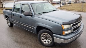 07 Chevy Silverado Double Cab for Sale in Columbus, OH