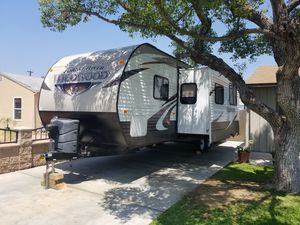 2016 forest river wildwood 28ft travel trailer for Sale in Irwindale, CA