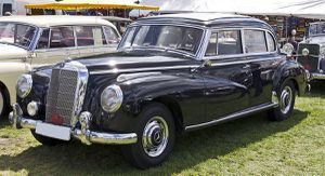 Mercedes 300 parts only for Sale in Naperville, IL