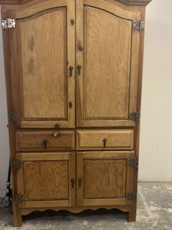 Vintage Armoire for Sale in Ocala,  FL