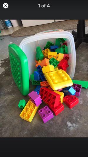 Lego megablocks tub Clean!! for Sale in Fort Myers, FL