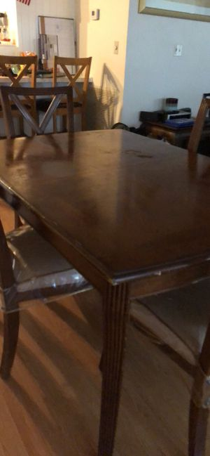 Dining room set for Sale in Avon Park, FL