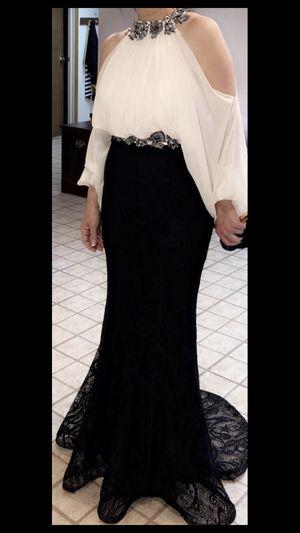 Elegant white and black dress for Sale in Troy, MI