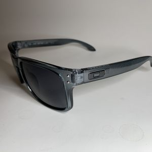 Brand new MENS sunglasses Oakley Holbrook style Pick up Lake Forest Mon-fri 8am-3pm for Sale in Mission Viejo, CA