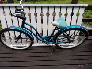 Schwinn 1962 girls Hollywood bike for Sale in Vancouver, WA