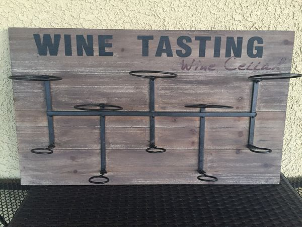 2 Decorative Wall mounted Wine Bottle Racks