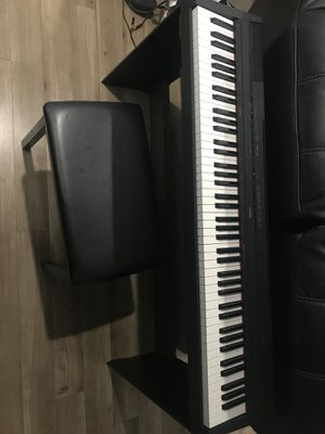 Yamaha P115 digital piano plus pedal support and sit like new for Sale in Coconut Creek, FL