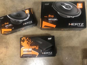 HERTZ SYSTEM 6 1/2 SPEAKERS 6x9 SPEAKERS 5 CHANNEL AMPLIFIER for Sale in Pomona, CA