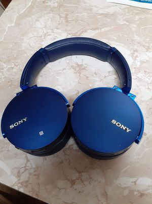 Sony wireless stereo headset for Sale in Gladstone, OR