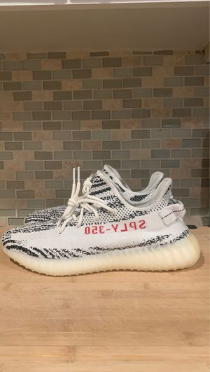Yeezy 350 v2 (zebra) size 12 for Sale in Boca Raton, FL