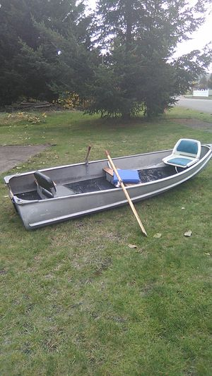 12 ft Credtliner for Sale in Enumclaw, WA