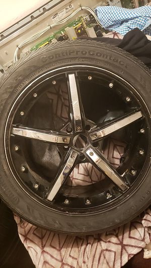 "3 19"" black and chrom rims for Sale in Lamont, CA"