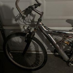 Moutain bike for Sale in Modesto, CA