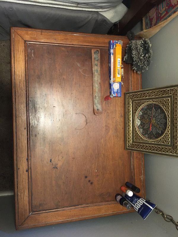 Basset Furniture bedroom nightstand/endtable set