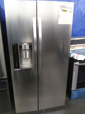 NEW LG 26.16 Side by Side Refrigerator in Stainless Steel for Sale in Burton, OH