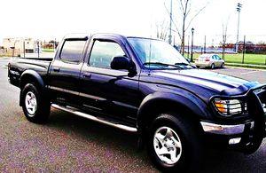 ֆ14OO 4WD Toyota Tacoma 4WD for Sale in West Hartford, CT