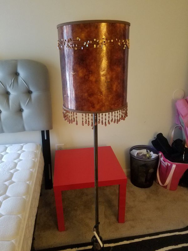 Floor lamp.. smaller table lamp looks exactly the same I'll throw in for free