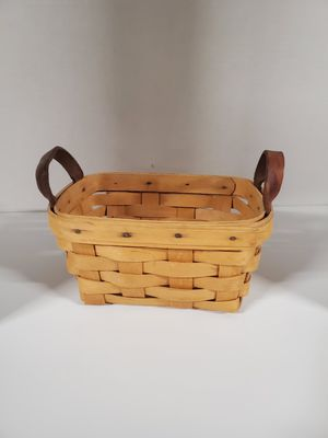 1997 Longaberger Basket Handwoven by TM for Sale in Sanatoga, PA