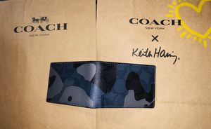 Coach id credit card holder not a wallet no space for bills for Sale in Los Angeles, CA
