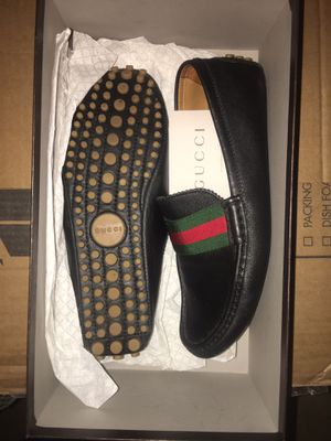 Gucci loafers size 9 for Sale in Portland, OR