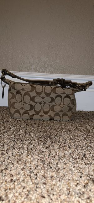 Small coach bag for Sale in Cypress, CA