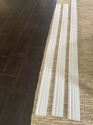 Baseboard Moulding- Three Unpainted pieces. for Sale in Los Angeles, CA