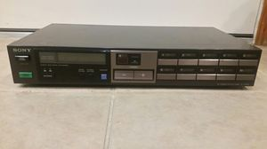 Made in Japan Sony AM/FM Tuner ST-JX520 for Sale in Chicago, IL