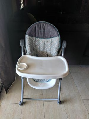 Baby chair for Sale in Youngtown, AZ