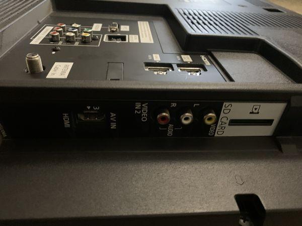 """32"""" 1080p Panasonic TV"""