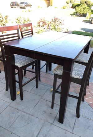 Bar height table and chair set with extra large leaf insert. Dark wood pub table and chair set dining room kitchen for Sale in Alta Loma, CA
