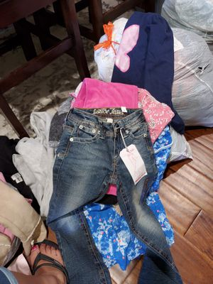 Big bag of Kids girl clothes size 7/8 (bagF) for Sale in Pico Rivera, CA