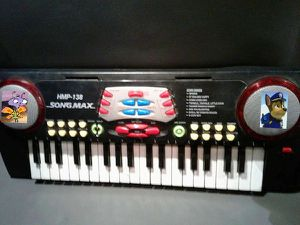 Higher SongMax HMP-138 Keyboard Deluxe Electronic Keyboard for Sale in San Jose, CA