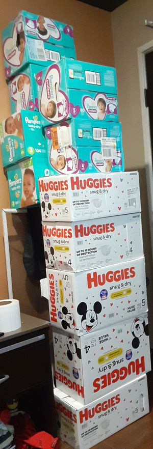 Huggies & Pampers for Sale in Long Beach, CA