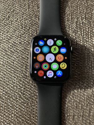 APPLE WATCH•SERIES 5•SPACE GRAY•ALUMINUM•44MM•GPS•CELLULAR for Sale in St. Petersburg, FL