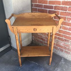 Entry Table / Occasional Table / Accent Table for Sale in Long Beach,  CA