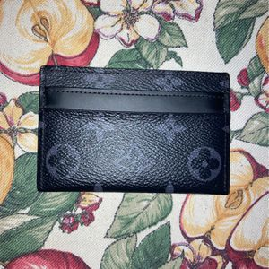 Louis V Wallet for Sale in Miami, FL