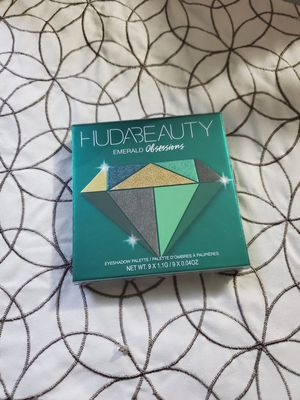 HUDA BEAUTY Emerald obsession for Sale in Mesquite, TX