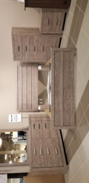 Culverbach Gray Panel Bedroom Set for Sale in Silver Spring, MD