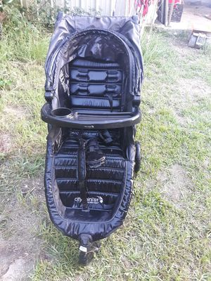 3 wheel baby stroller for Sale in Fitzgerald, GA