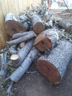 FREE FIREWOOD for Sale in East Los Angeles, CA